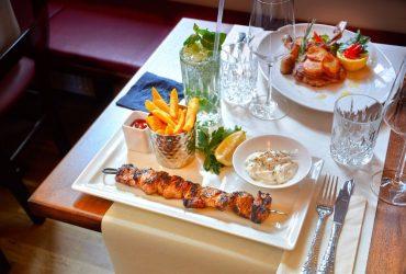 Reader Offers eten en drinken aan boord