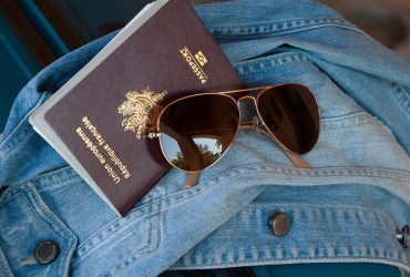 Reader Offers paspoort en visa