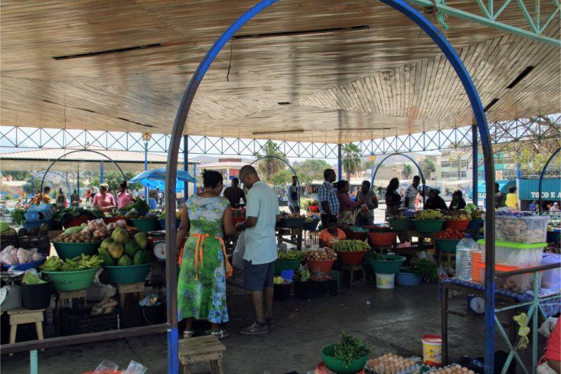 Een markt in Mindelo