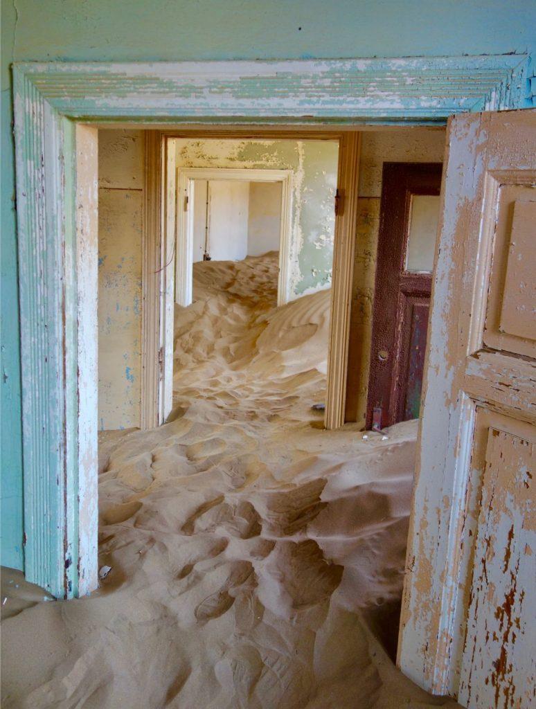 Kolmanskop Ghost Town - Lüderitz
