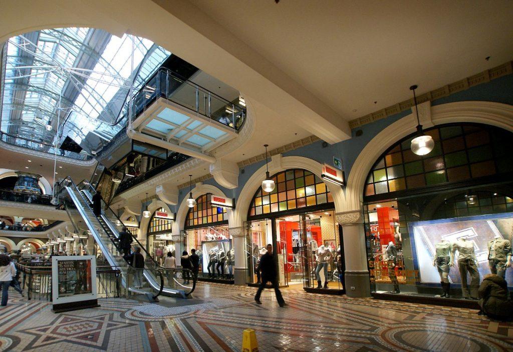 Winkelcentrum-in-Sydney-bezoeekn